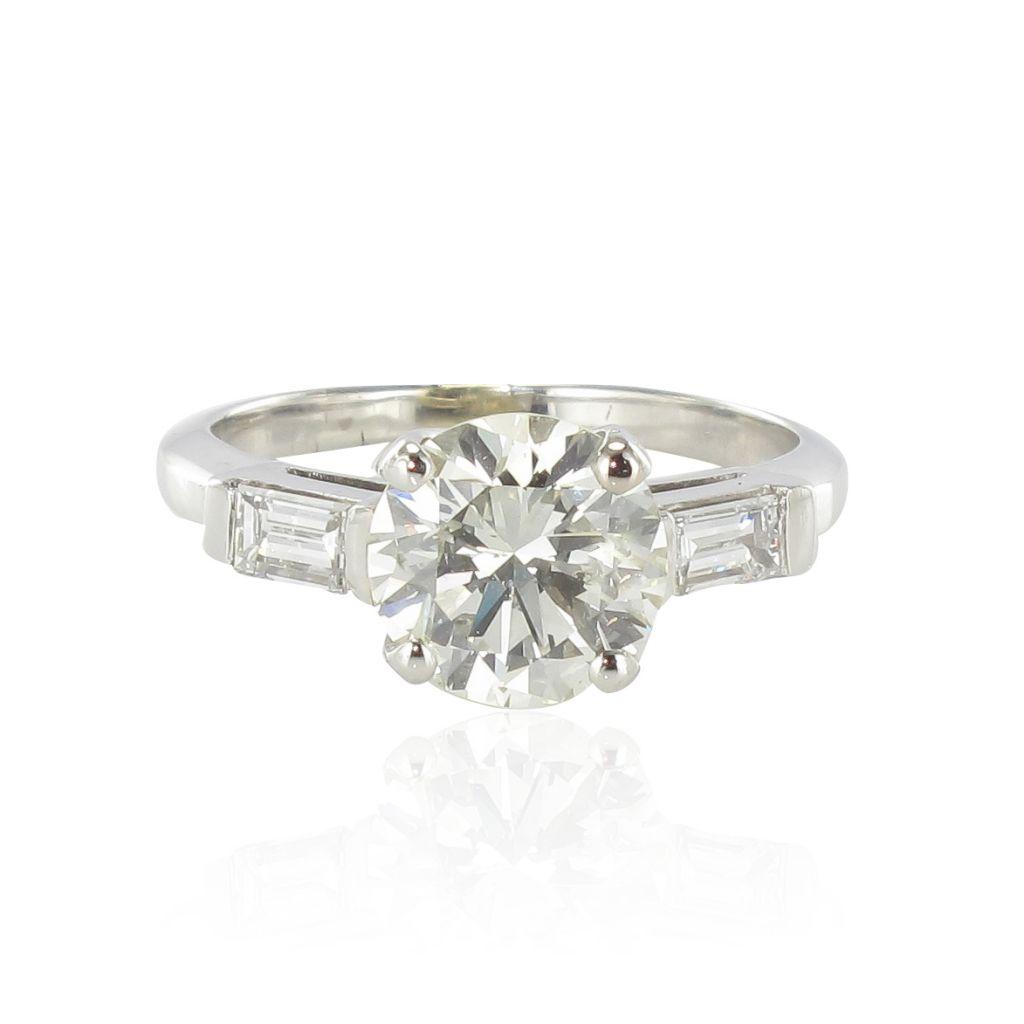 bague diamant 2 01 carats diamants baguettes. Black Bedroom Furniture Sets. Home Design Ideas