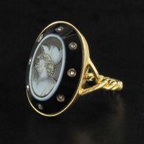 Bague Empire camée sur onyx et diamants