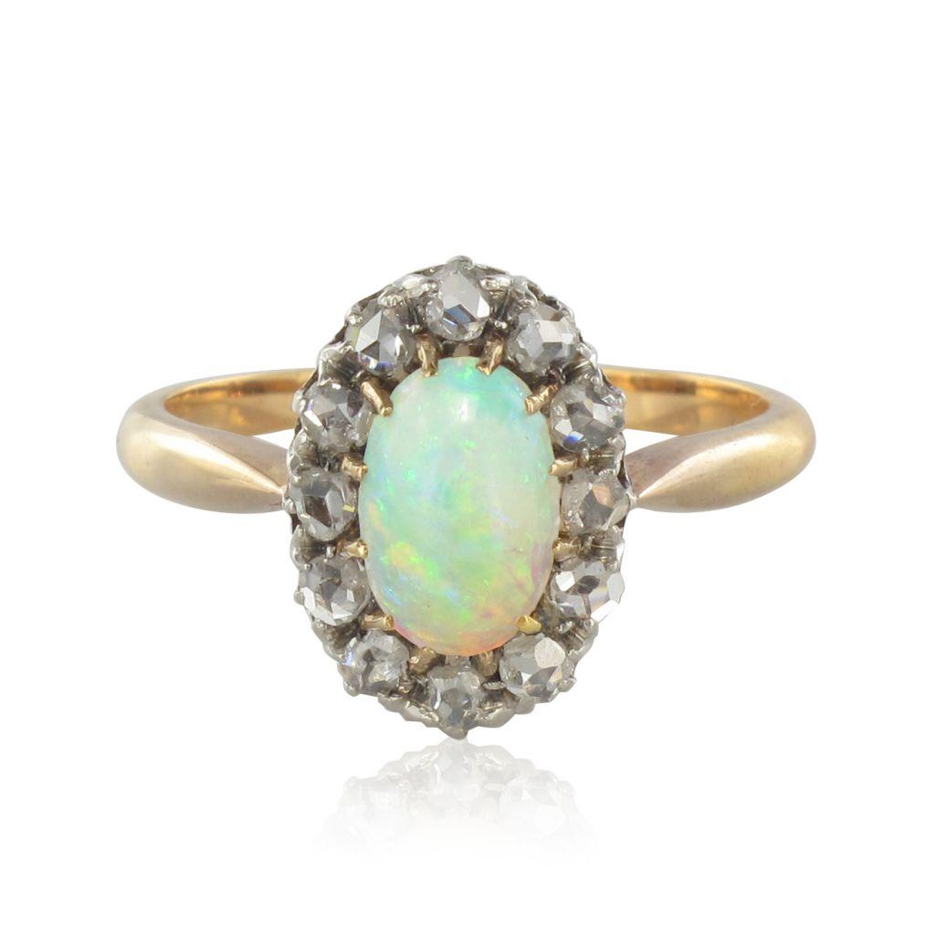 Bague en Or rose, Opale et Diamants