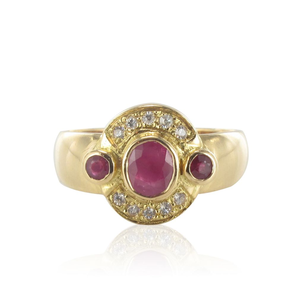 Bague rubis et diamants en or jaune