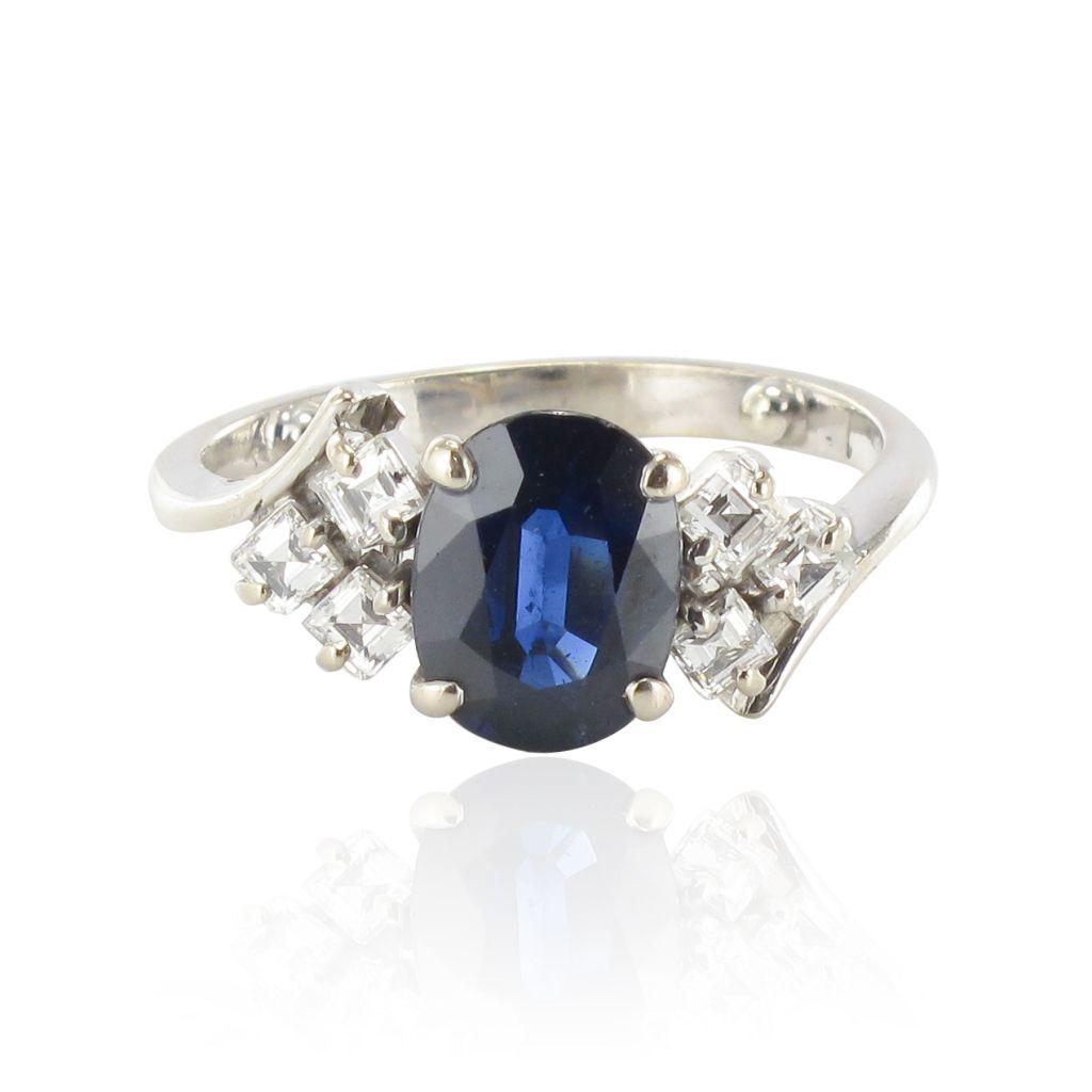 bague saphir diamants princesses bague or blanc saphir. Black Bedroom Furniture Sets. Home Design Ideas