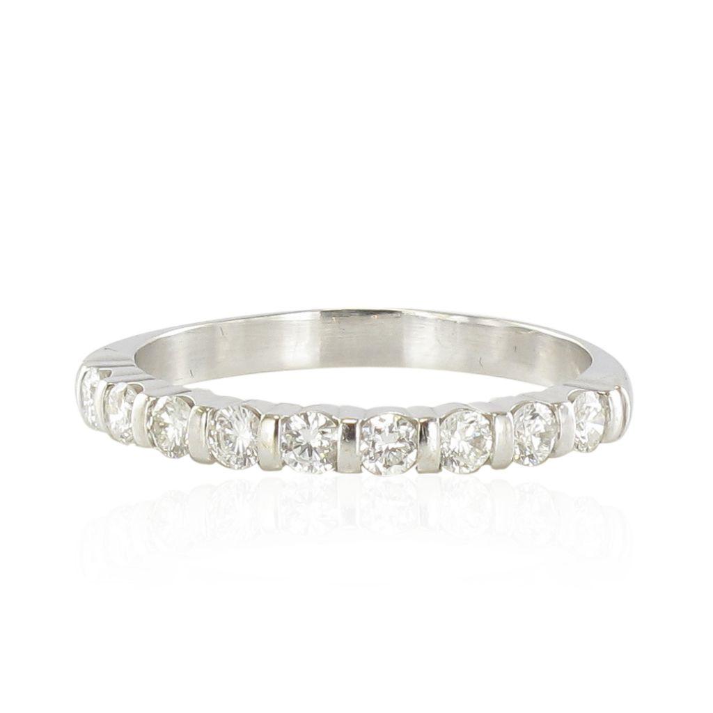 demi alliance diamants en or blanc mariage bijouxbaume. Black Bedroom Furniture Sets. Home Design Ideas