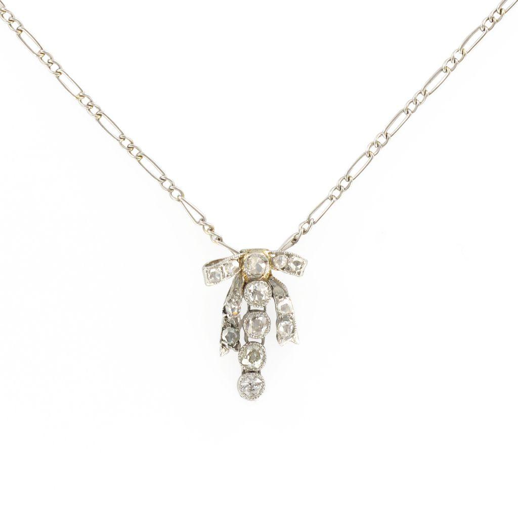 Pendentif ancien nœud diamants