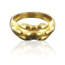 Quilted gold ring