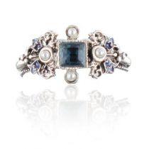 Pearls and Swarovski Crystal Ring
