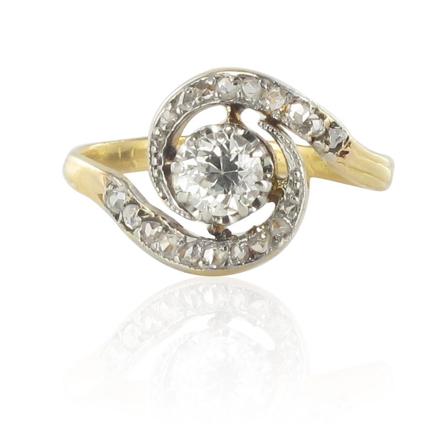 Bague tourbillon diamants ancienne