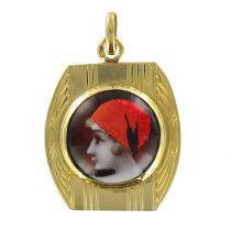Gold and Limoges enamel medal