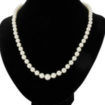 French 1950s Japanese Cultured Pearls Rose Gold Clasp Necklace