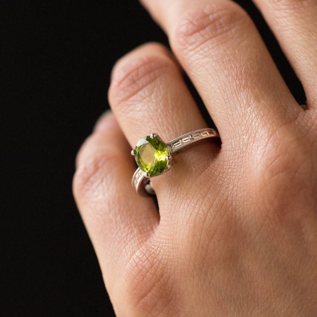 Bague péridot et diamants