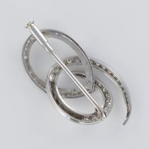 Broche en or blanc et diamants