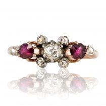 Bague jarretière ancienne rubis diamants