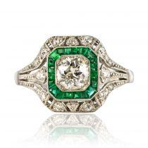 Bague ancienne diamants émeraudes calibrées