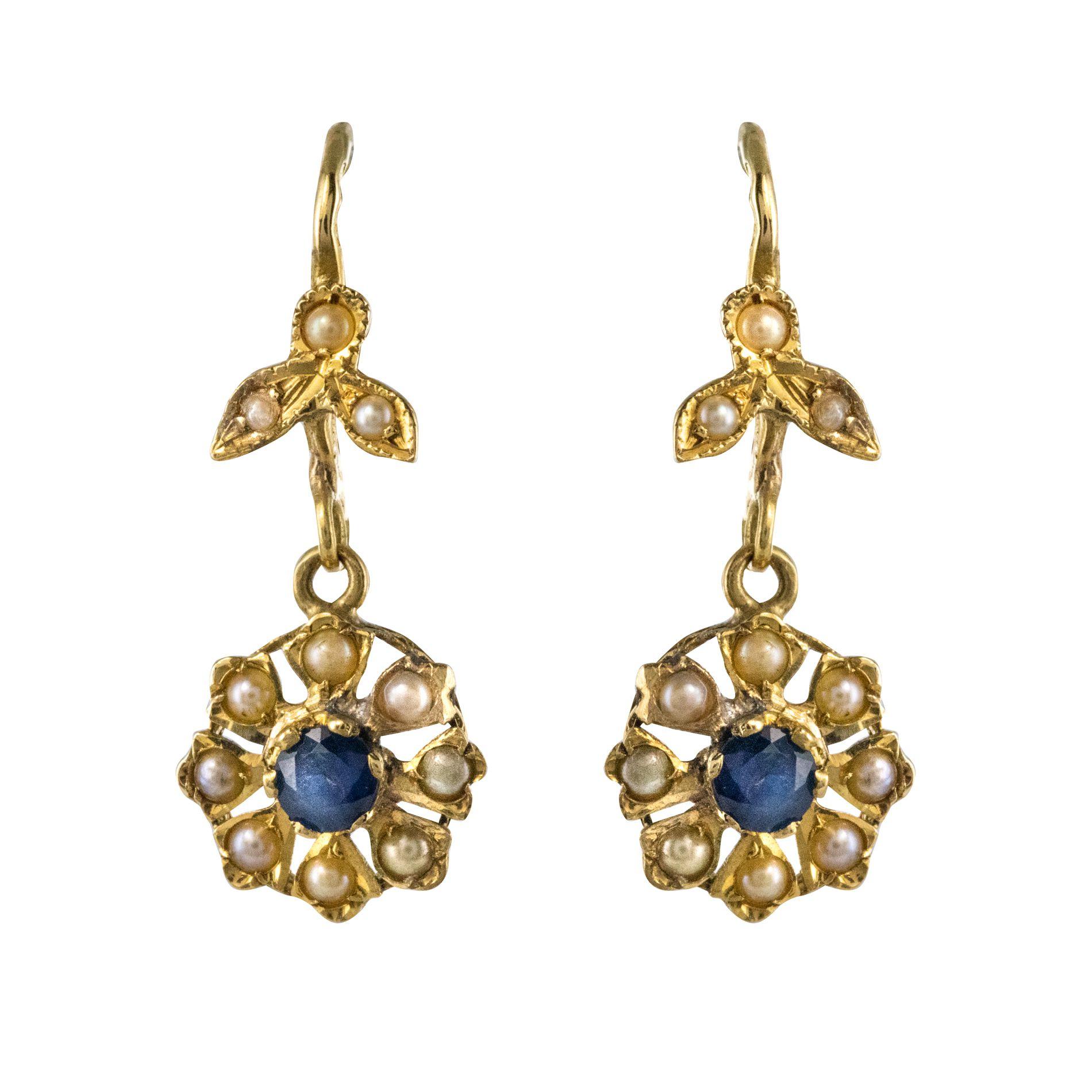 Boucles d'oreilles anciennes saphirs perles fines