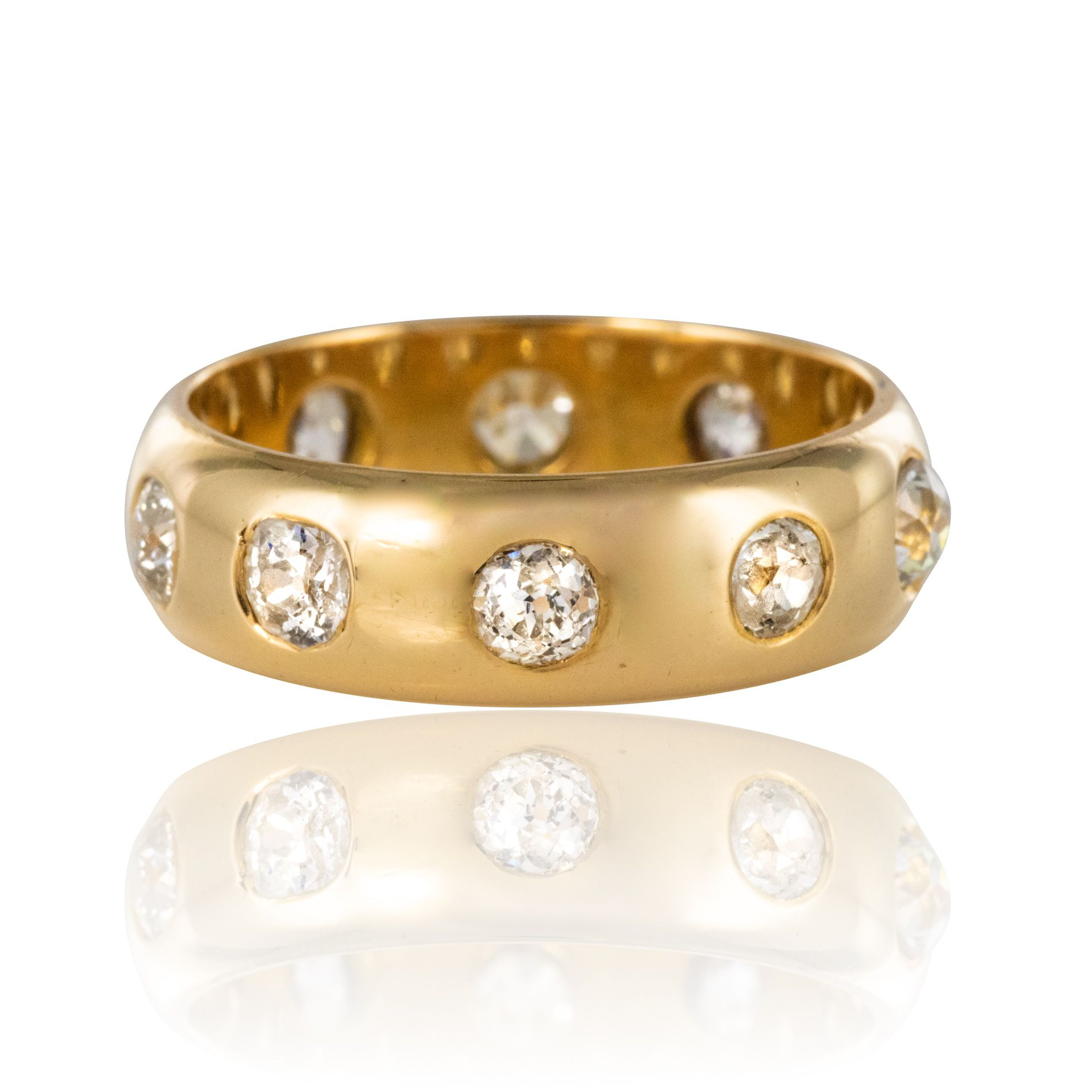 Alliance diamants or jaune bombée