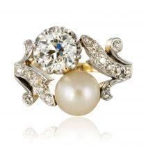 Bague ancienne diamants et perle fine toi et moi