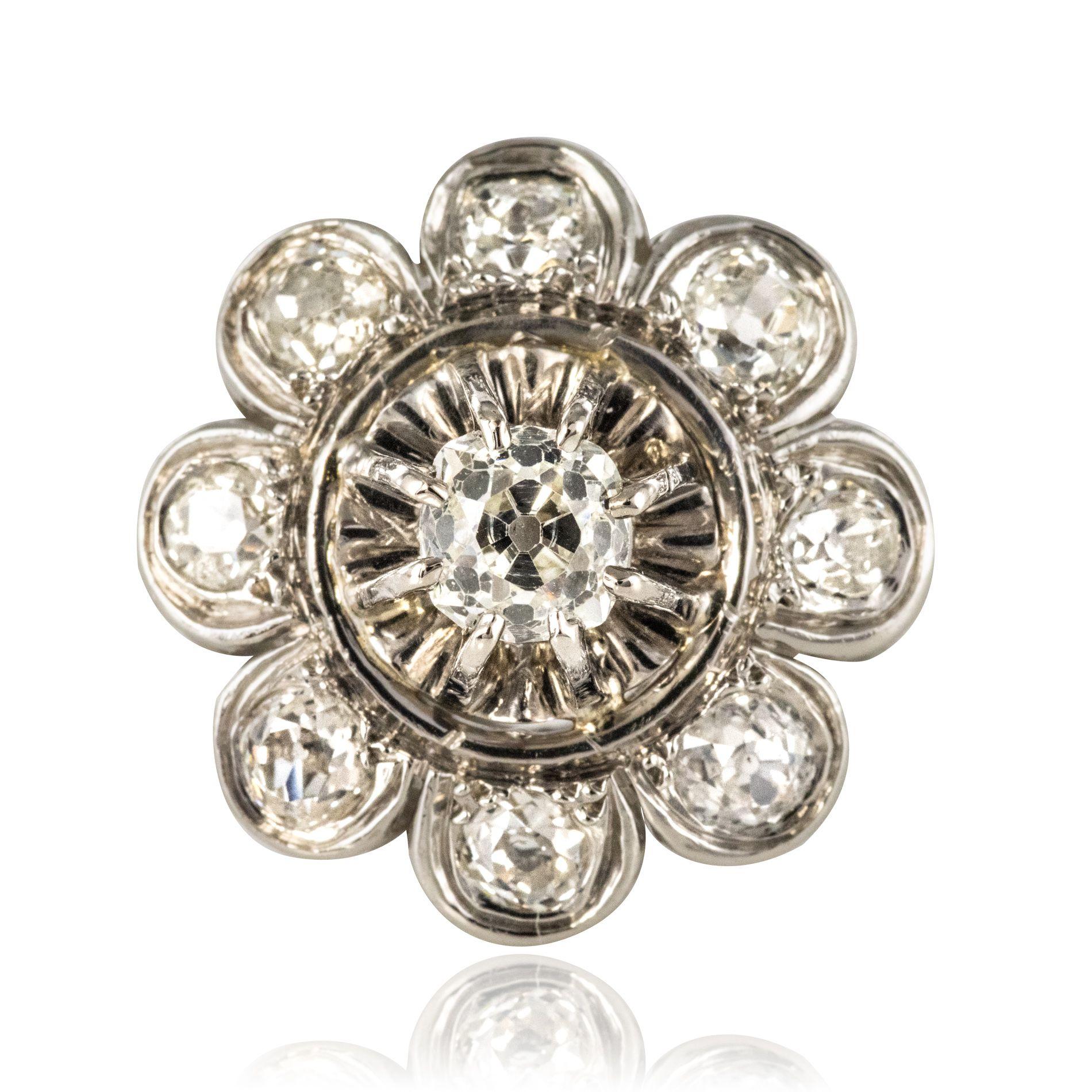 Bague ancienne diamants fleur