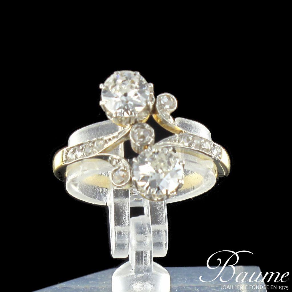 Bague ancienne diamants toi et moi