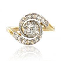 Bague ancienne diamants tourbillon