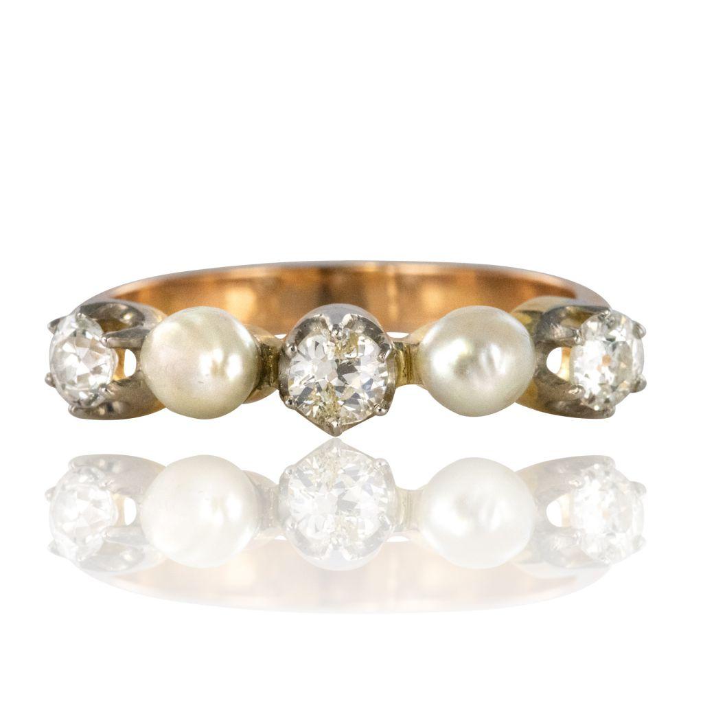 Bague ancienne jarretière perles fines diamants