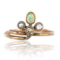 Bague ancienne opale diamants