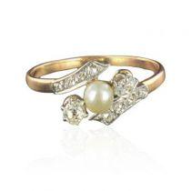 Bague ancienne perle fine diamants