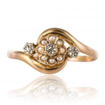 Bague ancienne perles fines et roses de diamants