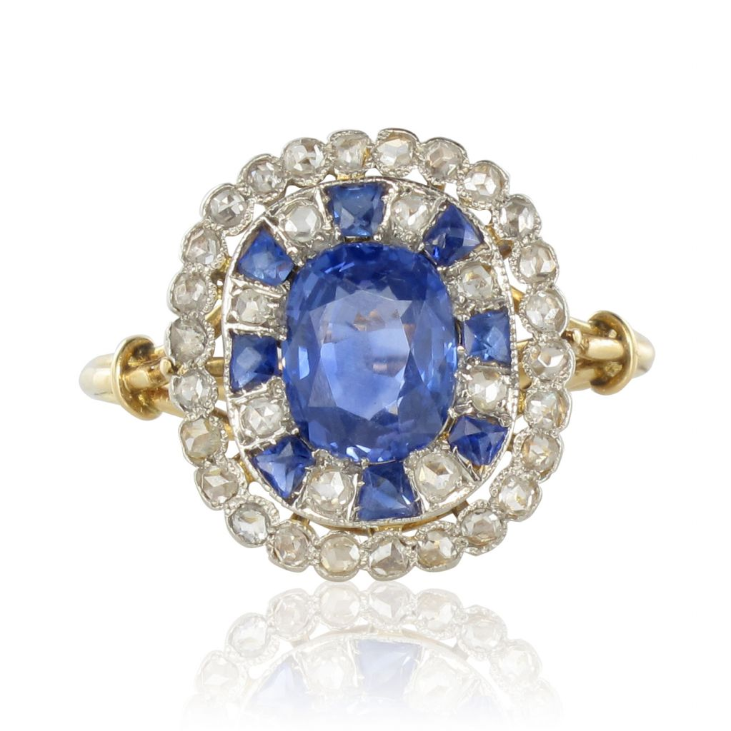 c0ba4252adb Bague ancienne saphir et diamants - Bague de fiançailles - Bijouxbaume