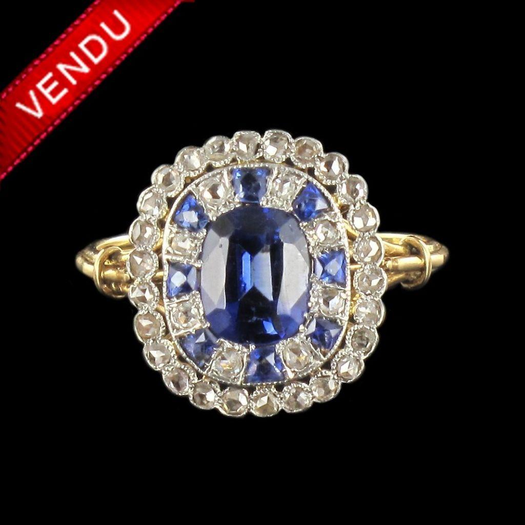 Bague ancienne saphirs de synthèse et diamants
