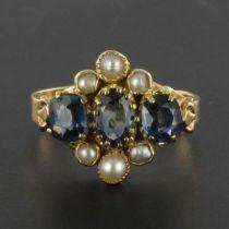 Bague ancienne saphirs et perles fines