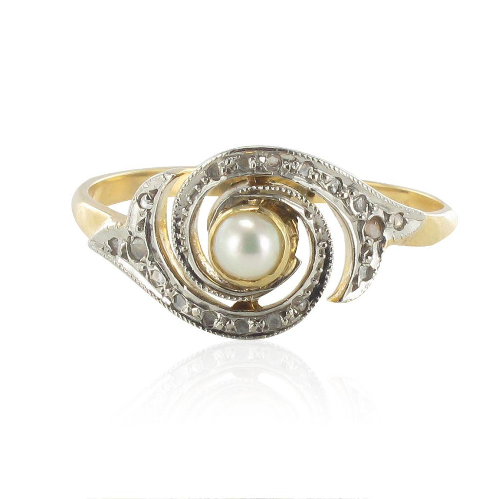Bague ancienne tourbillon perle et diamants