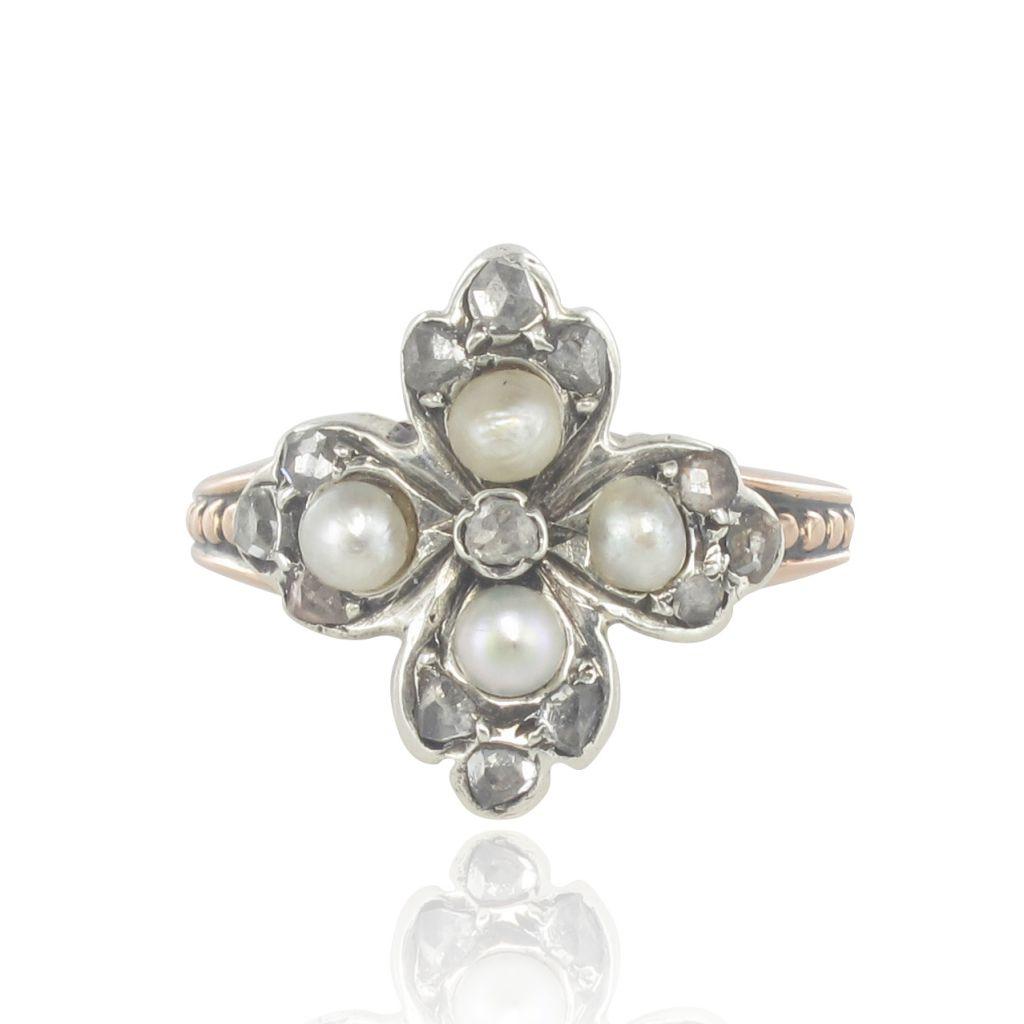 Bague ancienne Trèfle perles fines et diamants