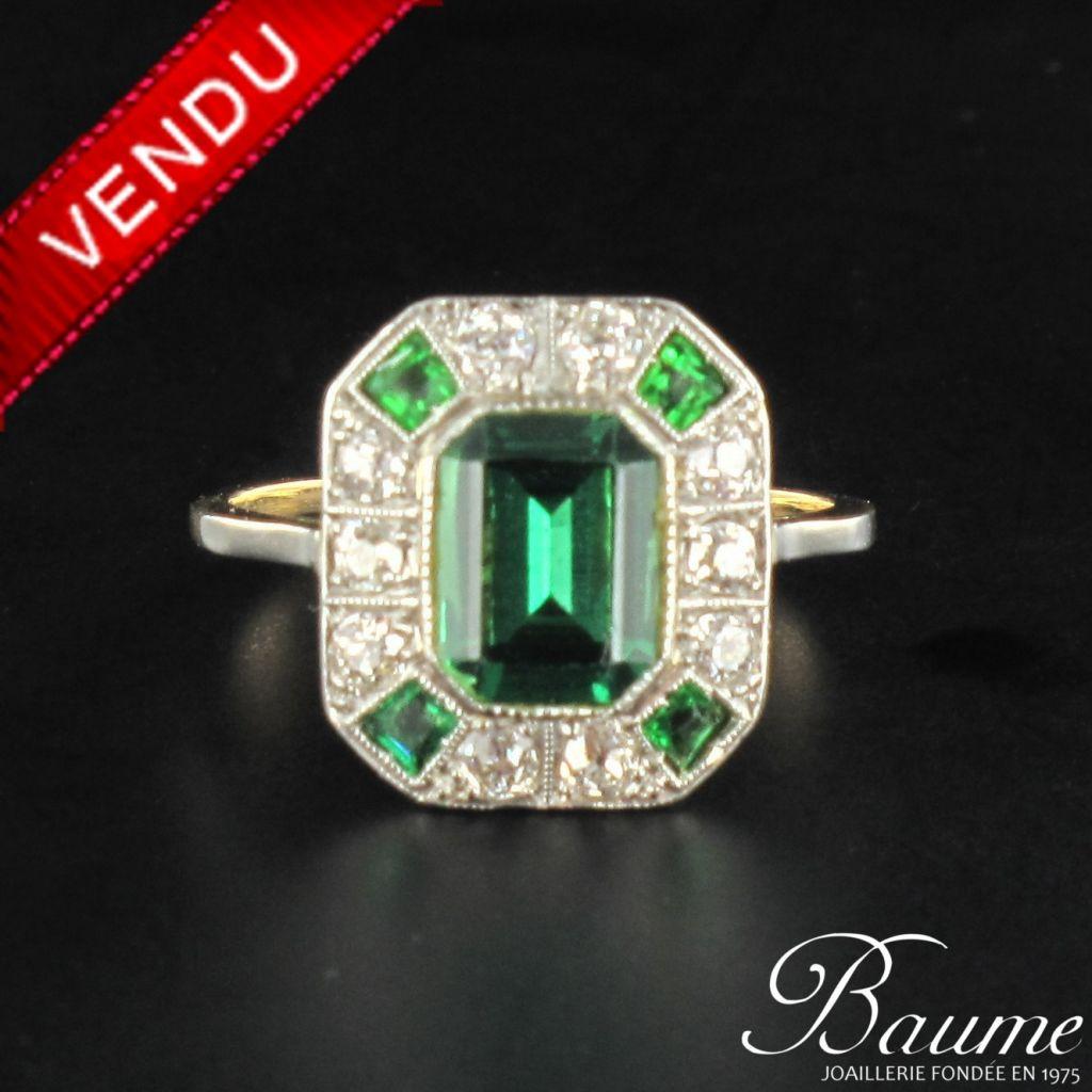 Bague art déco diamants et pierres vertes