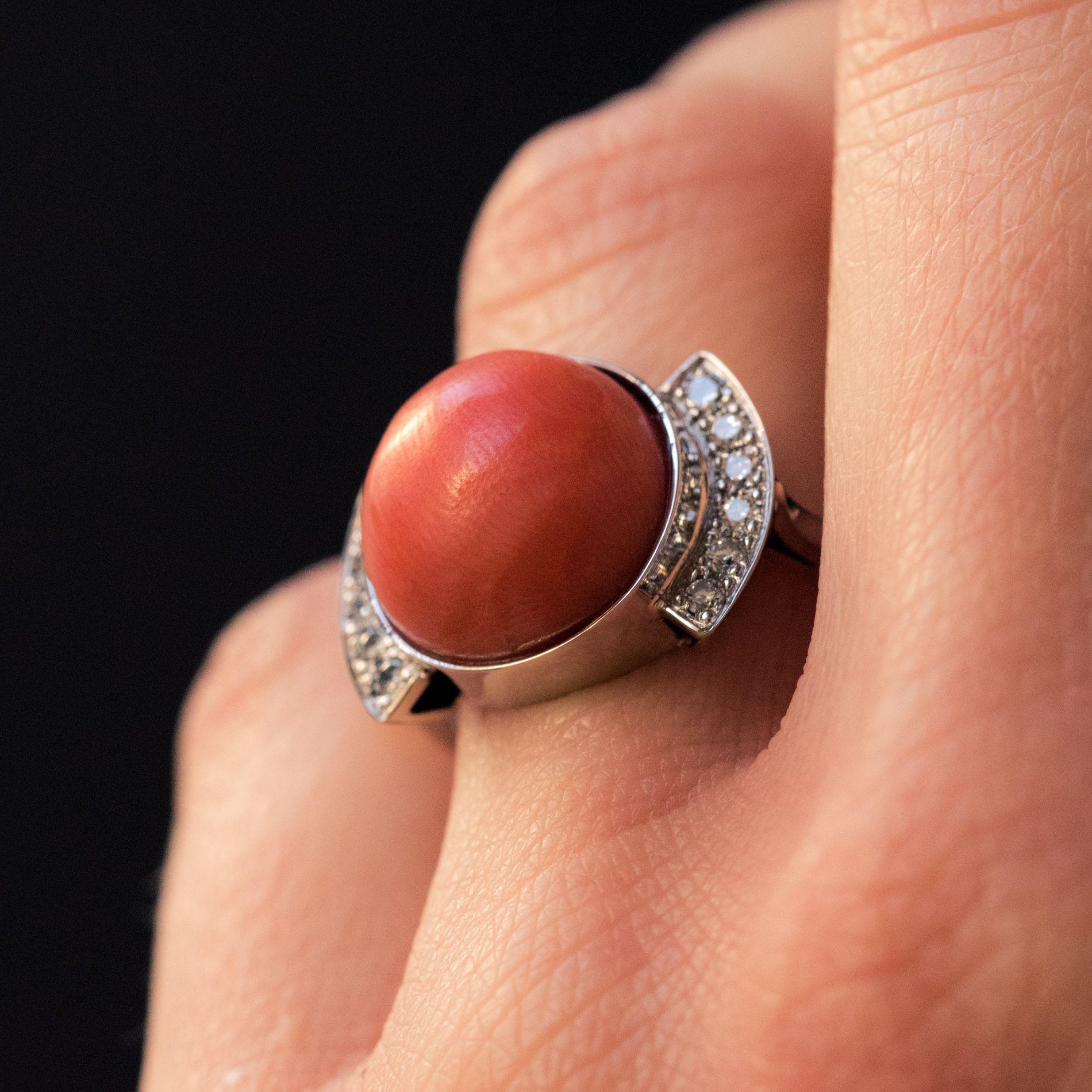 Bague corail et diamants
