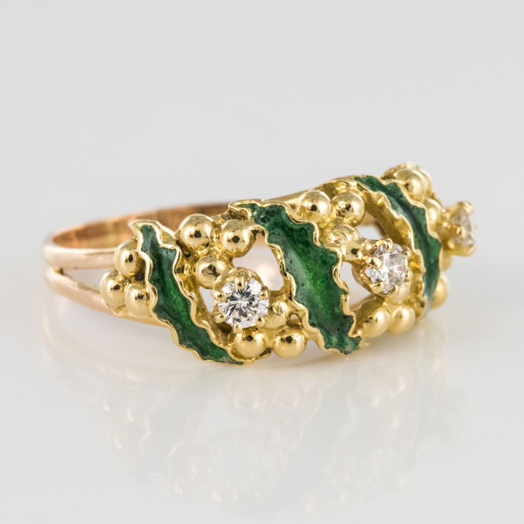 Bague diamants et émail vert