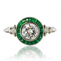 Bague diamants et émeraudes calibrées