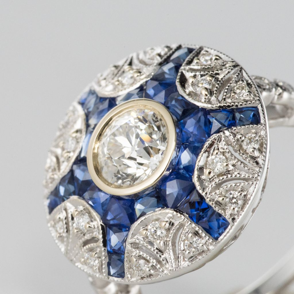 Bague diamants et saphirs calibrés