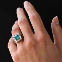 Bague émeraude et diamants baguettes