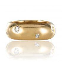 Bague jonc en or parsemée de diamants