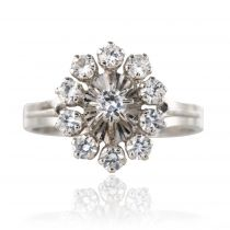 Bague marguerite saphirs blancs