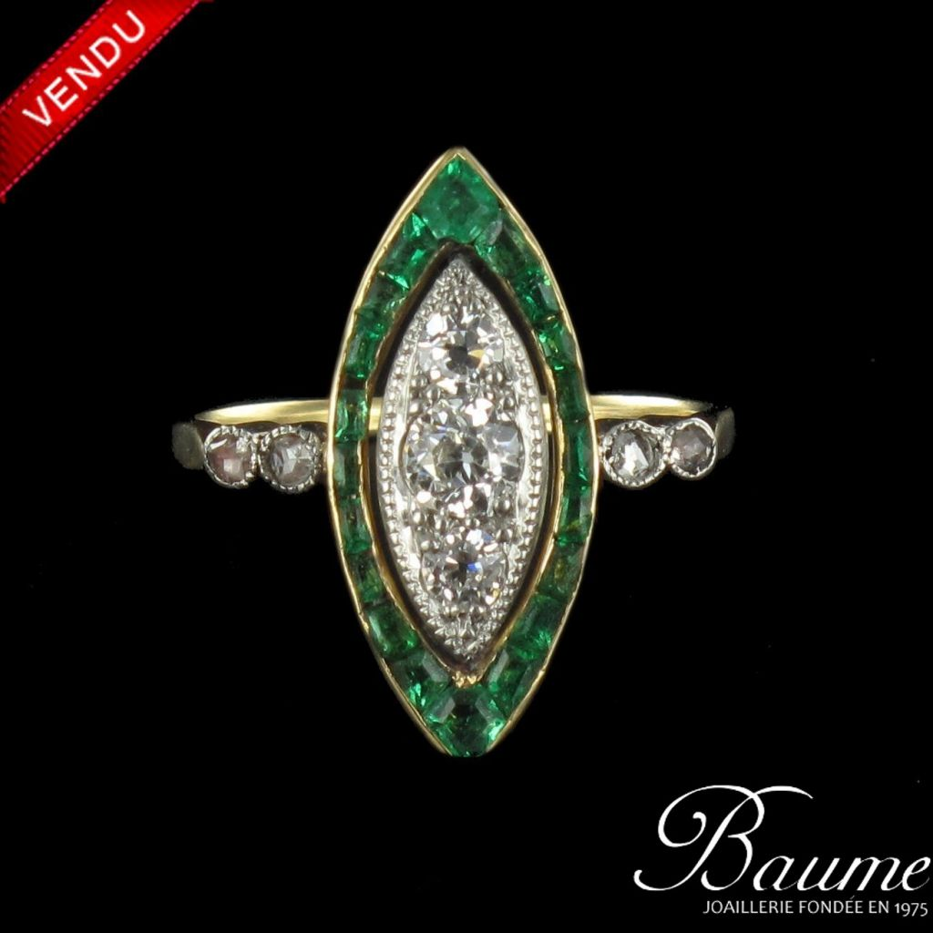Bague Navette Emeraudes et Diamants
