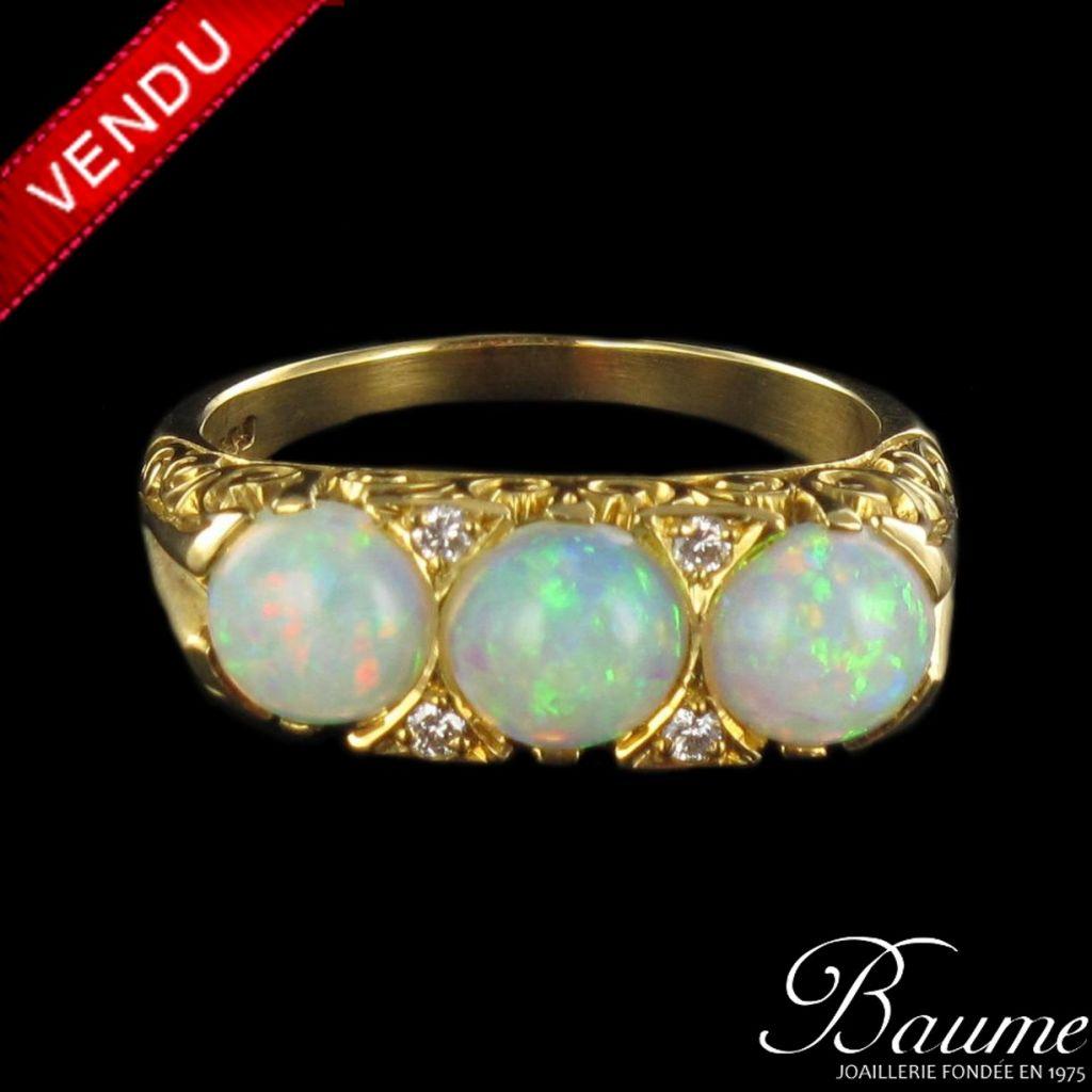 Bague Opales et Diamants