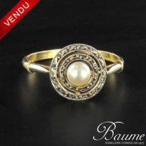 Bague perle et diamants ronde