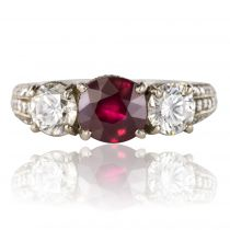Bague Rubis, Diamants et pavage de diamants