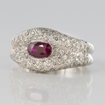 Bague Rubis et pavage de Diamants