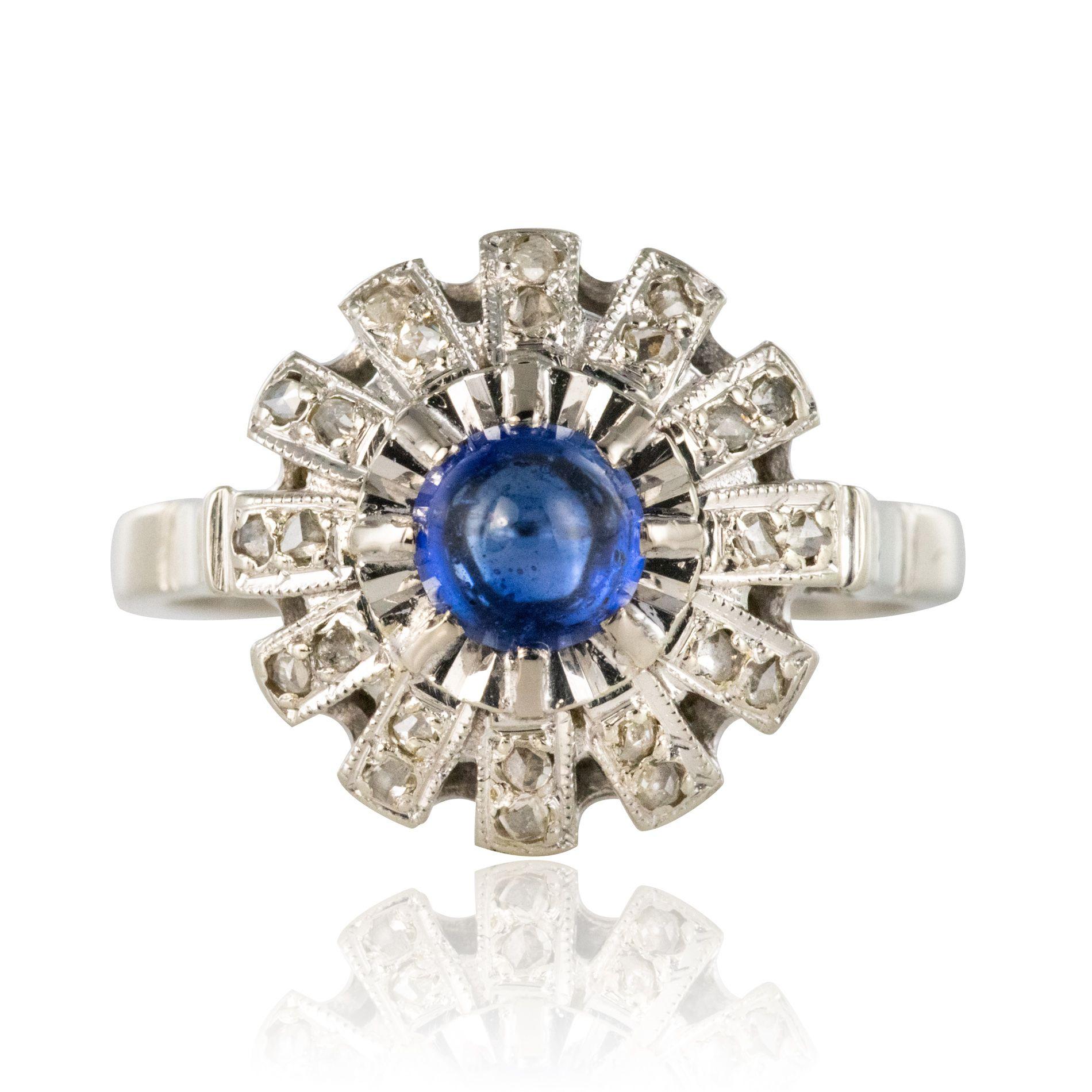 Bague saphir cabochon diamants ronde