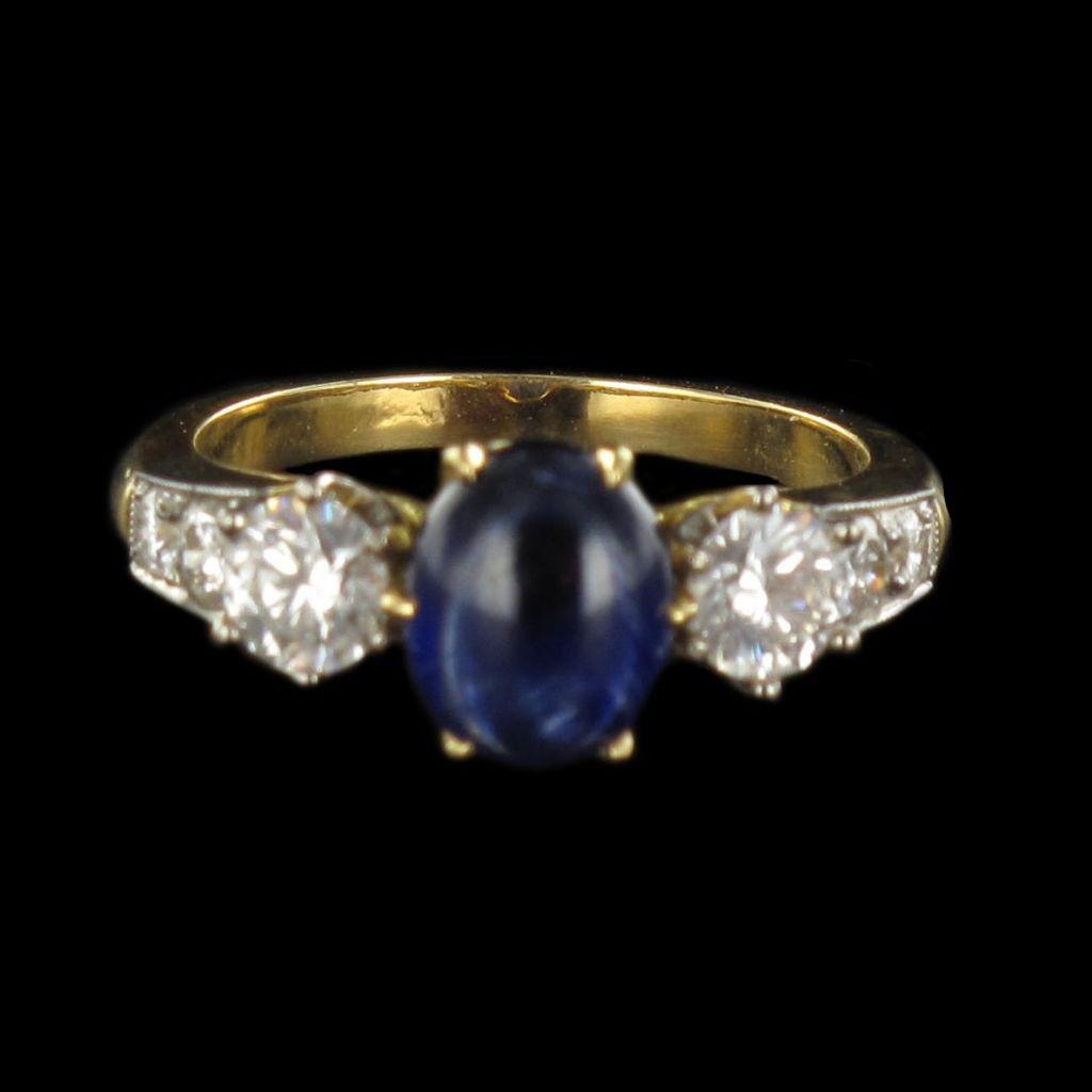 Bague saphir cabochon et diamants G 14