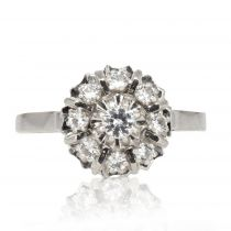 Bague saphirs blancs en marguerite