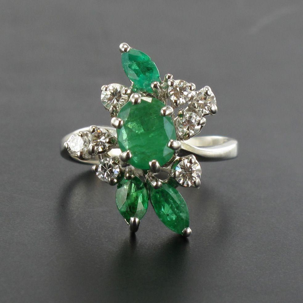 Bague vintage émeraudes et diamants