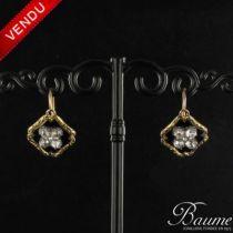 Boucles d 'oreilles anciennes Diamants et émail noir