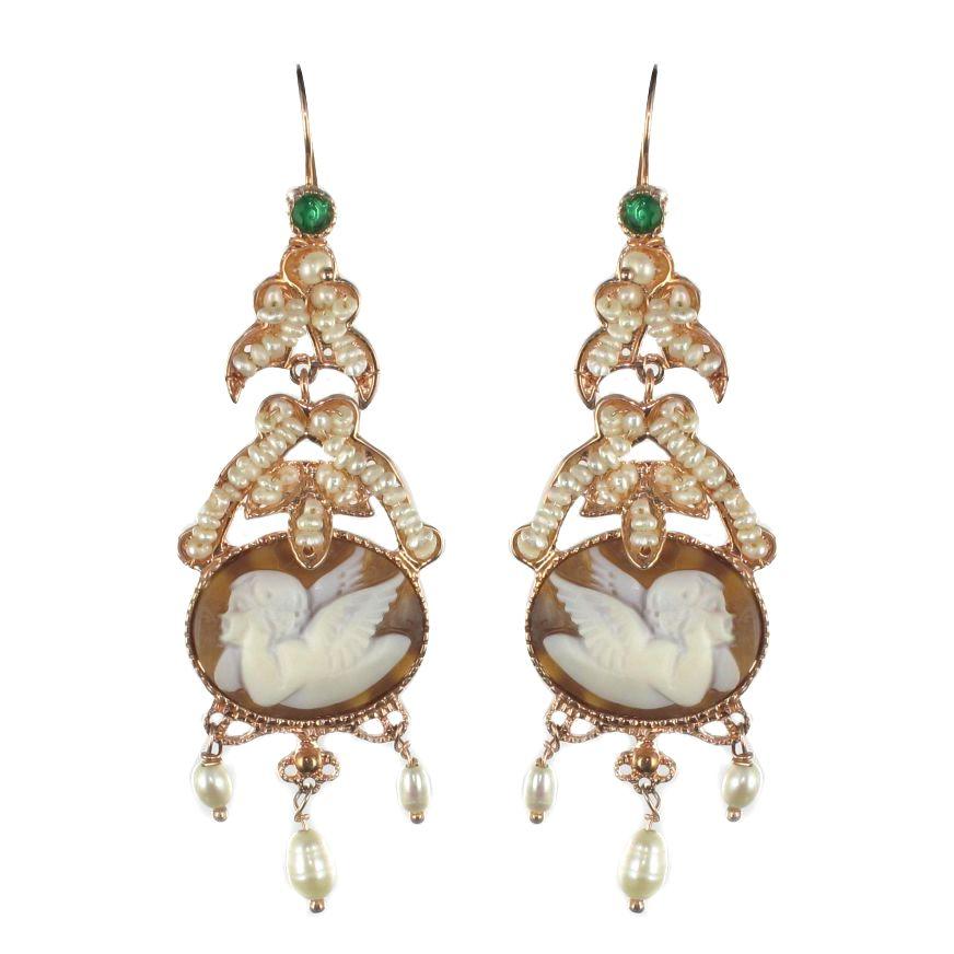 boucles d 39 oreilles cam e angelot perles et cristal vert. Black Bedroom Furniture Sets. Home Design Ideas